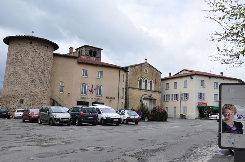 Le Bourg, Place de la Paix
