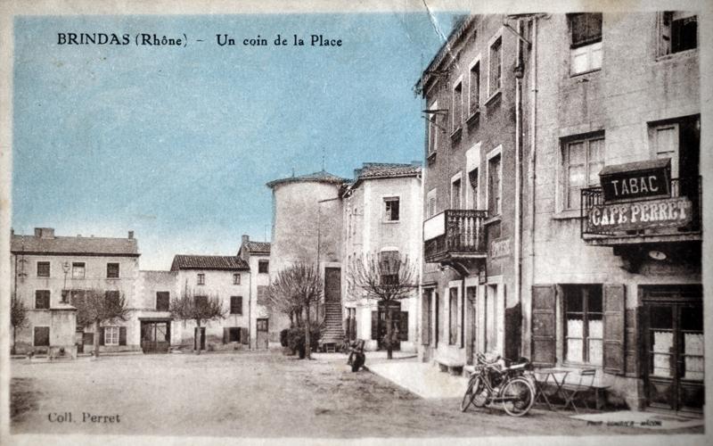 Au coin de la place de Verdun