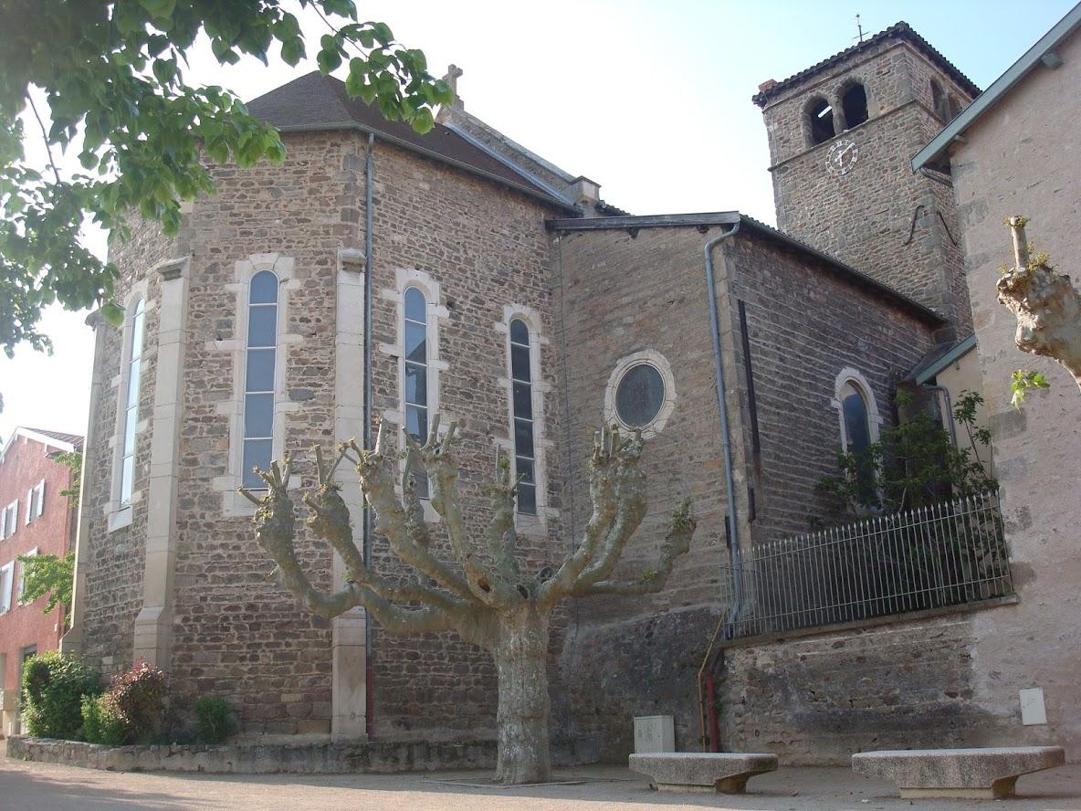 Église de Brindas, vue arrière