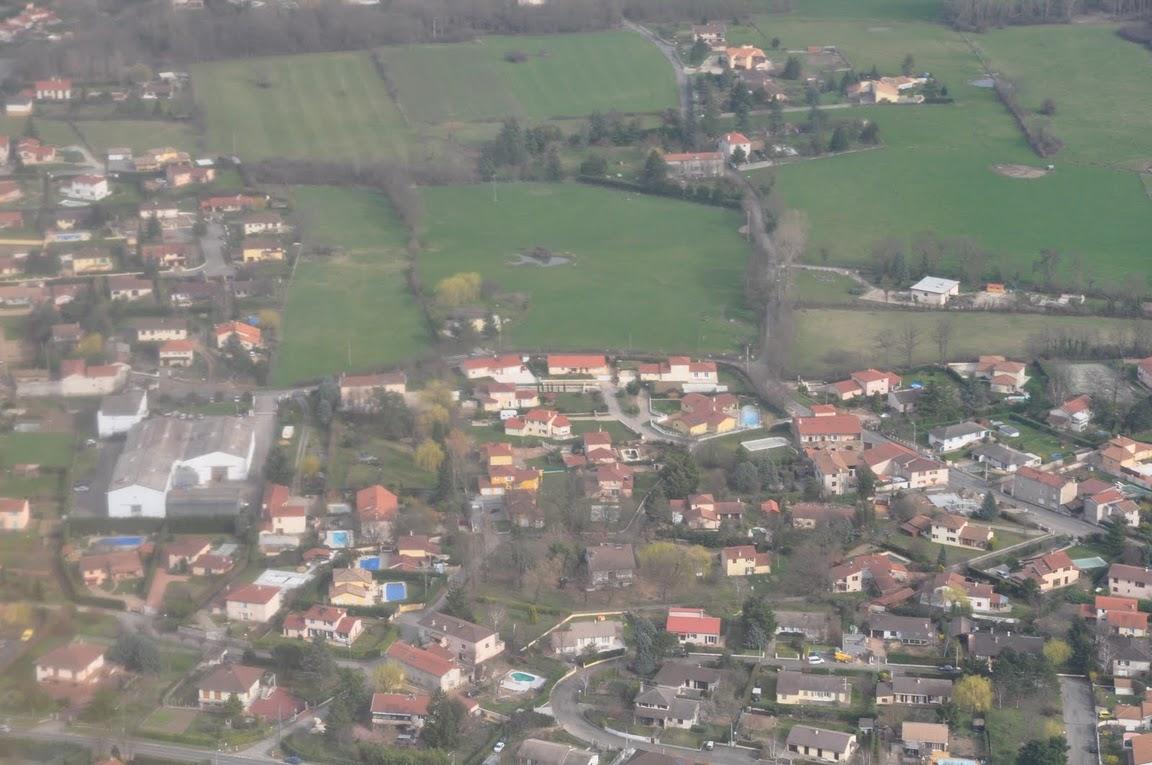 049-LaGrandCour-AlleedelaPillardiere-ChemindelaBlondine