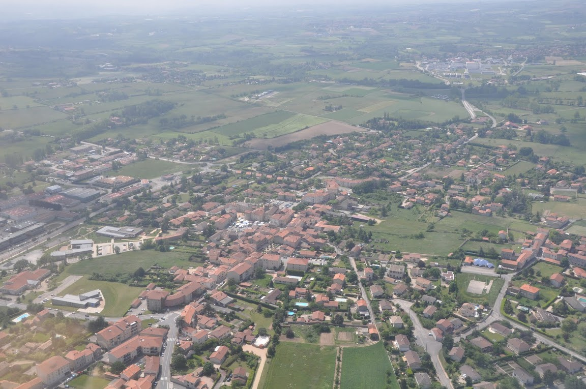 122-Le-centre-village