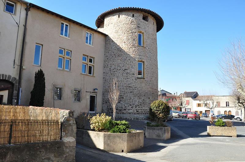 Le Bourg, Tour de la Mairie